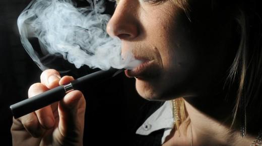 Cesser de fumer ou se mettre à la cigarette électronique ?
